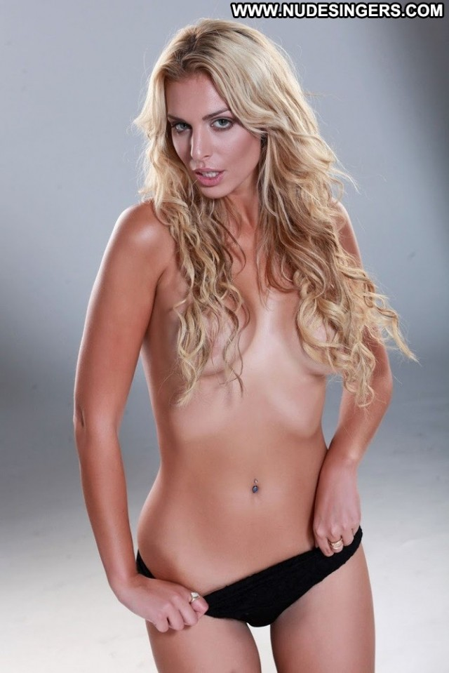 Ava Karabatic Miscellaneous International Blonde Singer Skinny Medium