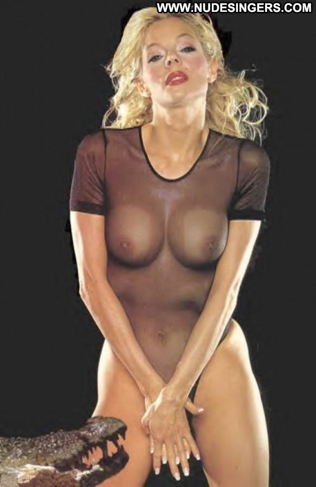 Douchka Miscellaneous Blonde International Gorgeous Singer Celebrity