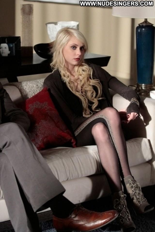 Taylor Momsen Gossip Girl Celebrity Pretty Sexy Singer Blonde Small