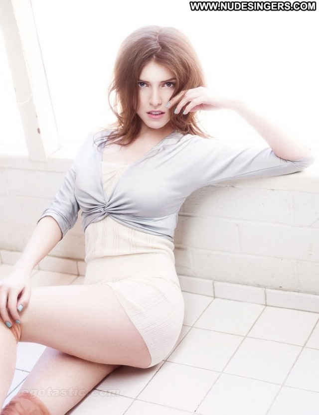 Anna Kendrick Miscellaneous Brunette Sultry Skinny Singer Medium Tits