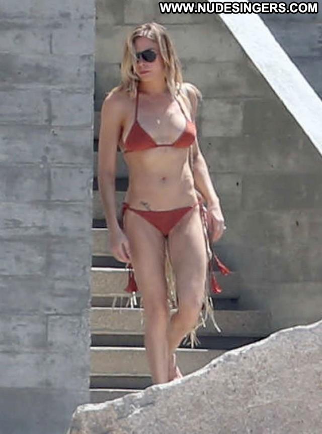 Leann Rimes Miscellaneous Celebrity Gorgeous Doll Posing Hot Singer
