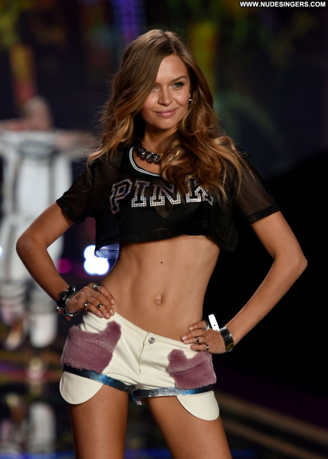 Monika Jagaciak Fashion Show Babe Fashion Beautiful Posing Hot