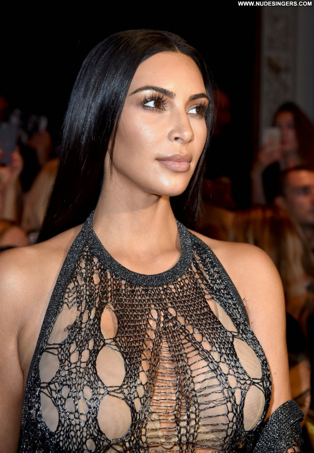 Kim Kardashian No Source Celebrity Cleavage Candids Paris Beautiful