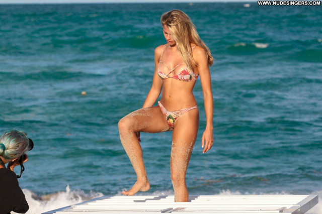 Bikini No Source  Celebrity Bikini Babe Photoshoot Candids Beautiful