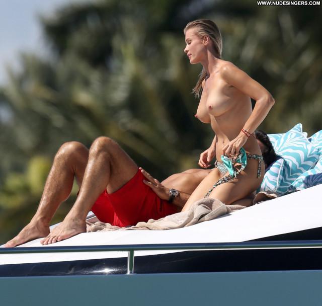 Joanna Krupa No Source Topless Posing Hot Celebrity Beautiful Babe