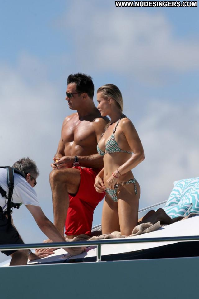Joanna Krupa No Source Beautiful Babe Celebrity Candids Posing Hot