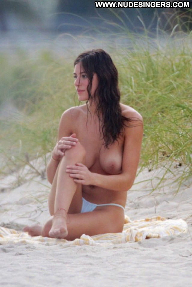 Alejandra Guilmant The Beach Celebrity Babe Topless Beautiful Posing