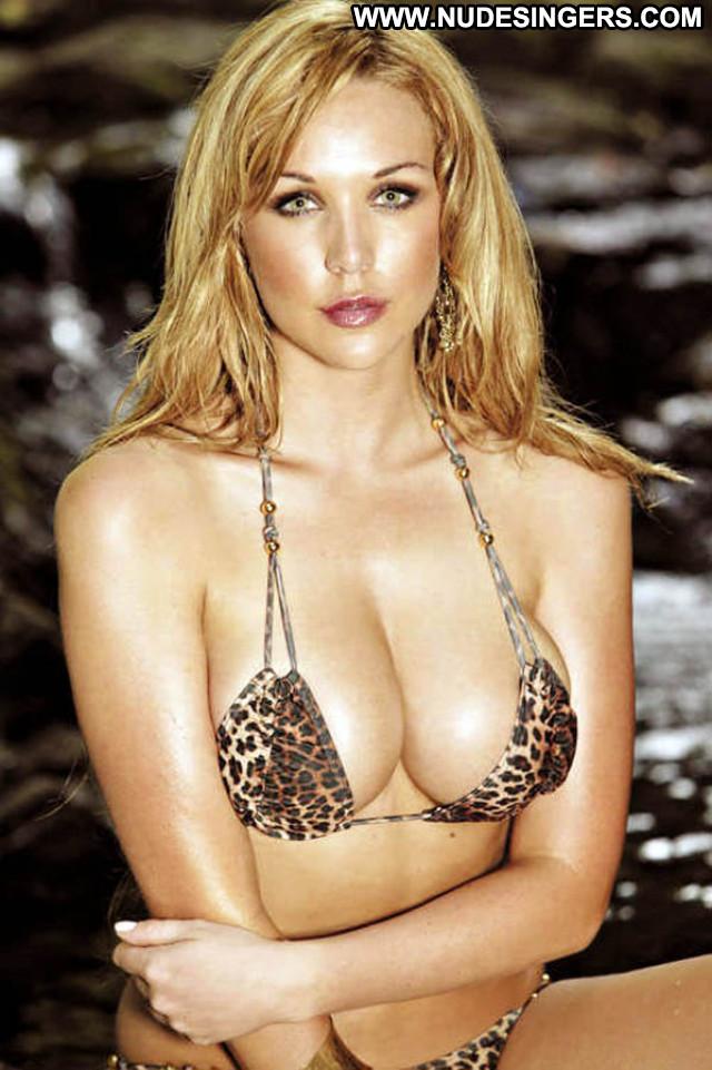Emily Scott No Source Big Tits Babe Australian Beautiful Sexy Boobs