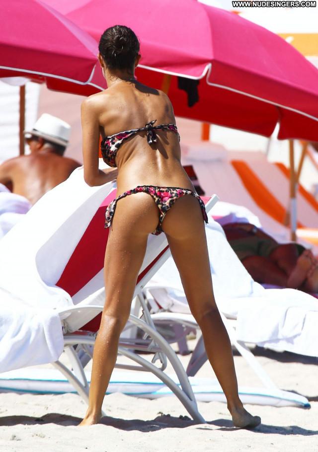 Bikini No Source Beautiful Babe Bikini Posing Hot Celebrity Candids