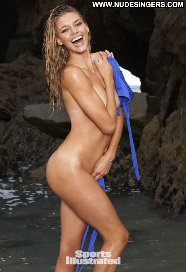 Kelly Rohrbach Sports Illustrated Swimsuit Posing Hot Sports