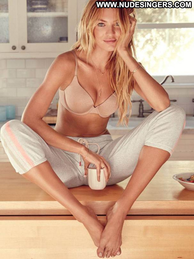 Candice Swanepoel No Source Beautiful Celebrity Posing Hot Babe