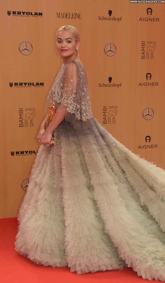 Rita Ora British Beautiful Sexy Awards Babe Posing Hot Celebrity Nude