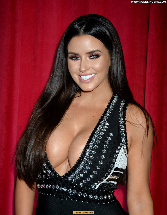 Abigail Ratchford Maxim Hot Cleavage Sex Babe Posing Hot Beautiful