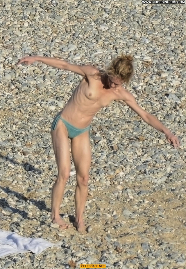 Vanessa Paradis No Source Beautiful Celebrity Babe Singer Topless