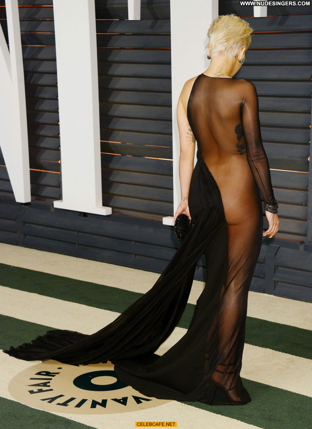Rita Ora Vanity Fair Hollywood Bra Party Posing Hot Beautiful Pants