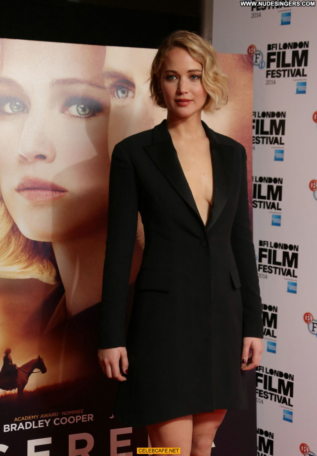 Jennifer Lawrence No Source  Posing Hot Celebrity Babe Beautiful