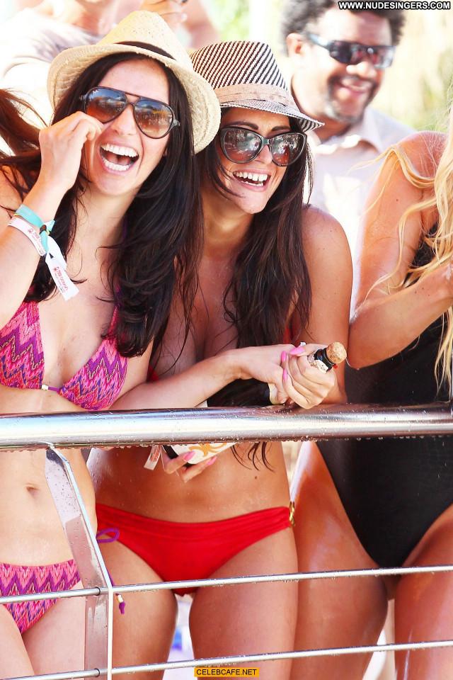 Casey Batchelor No Source Babe Celebrity Friends Ibiza Poolside