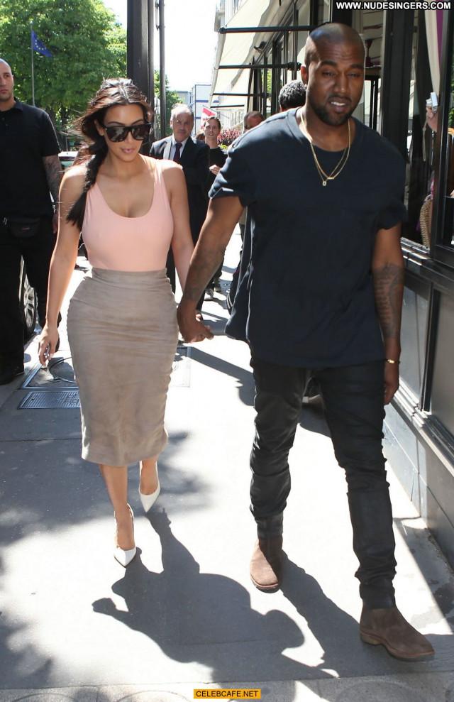 Kim Kardashian No Source Ass Celebrity Babe Posing Hot Beautiful Paris