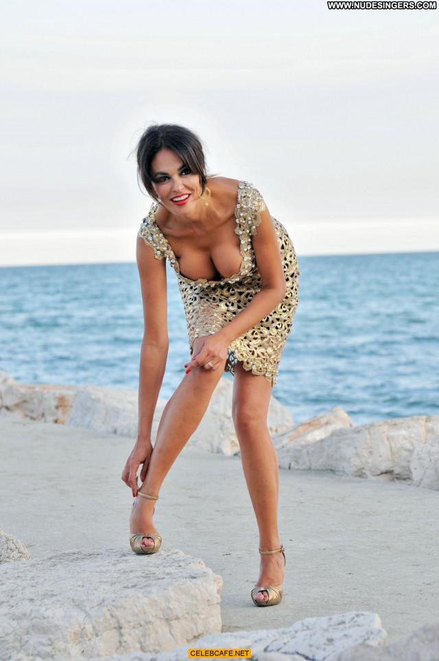 Maria Grazia Cucinotta No Source Celebrity Babe Beautiful
