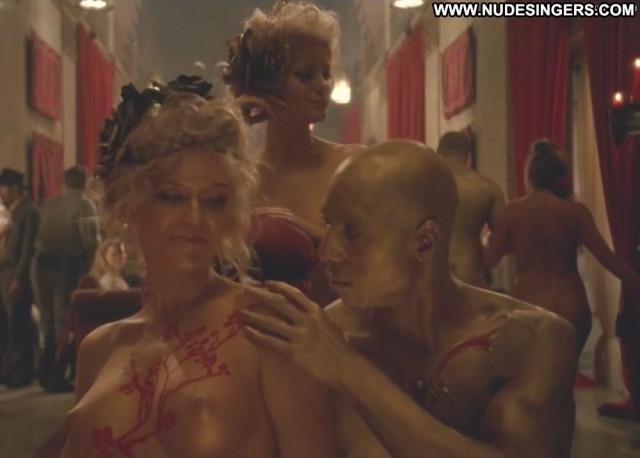 Evan Rachel Wood No Source  Horny Park Posing Hot Big Tits Very Horny