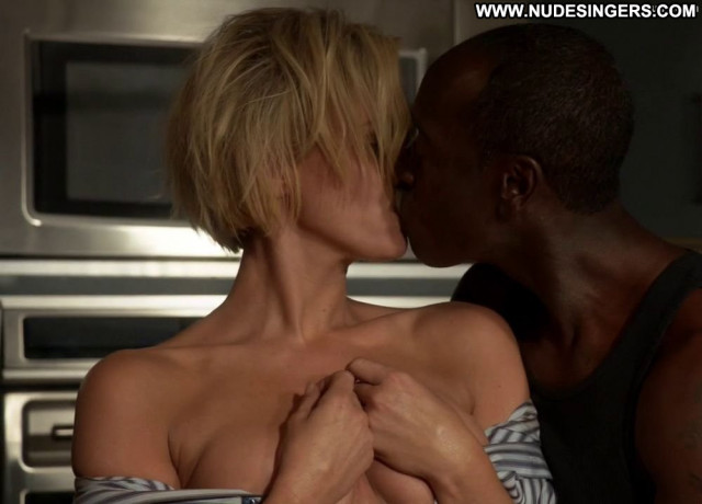 Nicky Whelan House Of Lies Celebrity Sea Couple Smile British Babe