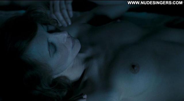 Vera Farmiga In Tranzit Nude German Big Tits Celebrity Male Posing