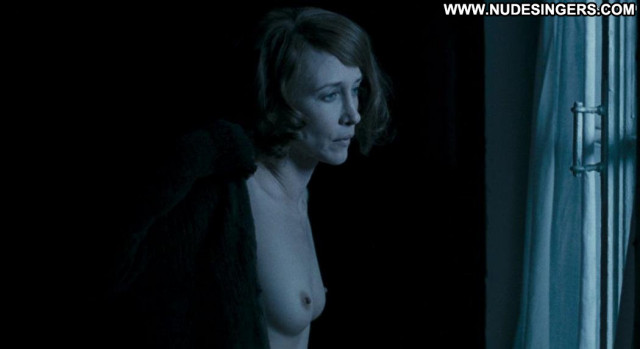 Vera Farmiga In Tranzit Breasts Farm Prison Male Posing Hot Big Tits