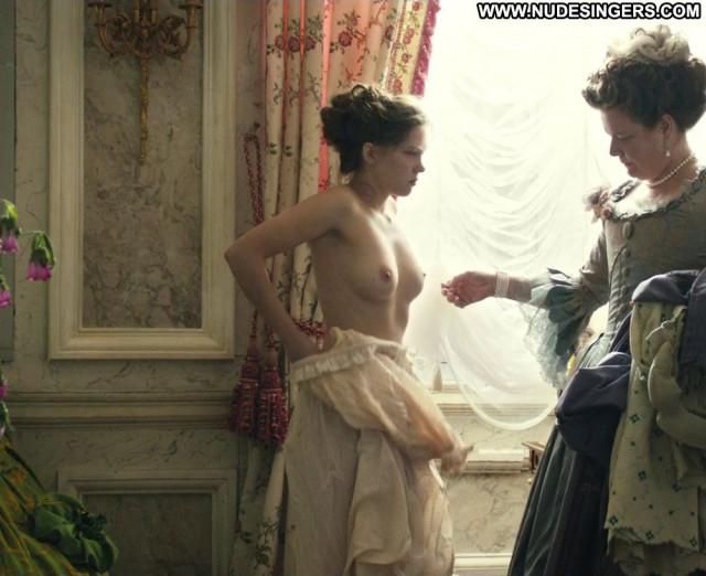 Lea Seydoux Marie Antoinette Beautiful Nude Celebrity Underwear Babe