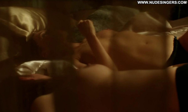Catherine Walker Strike Back Bra Bed Beautiful Posing Hot Breasts