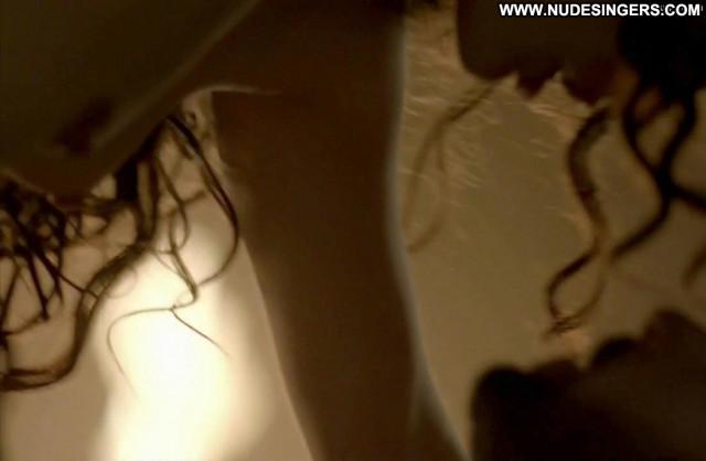 Laura Haddock Da Vinci S Demons Celebrity Breasts Posing Hot Bar Nice