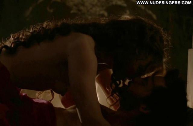 Laura Haddock Da Vinci S Demons Toples Beautiful Posing Hot Nipples