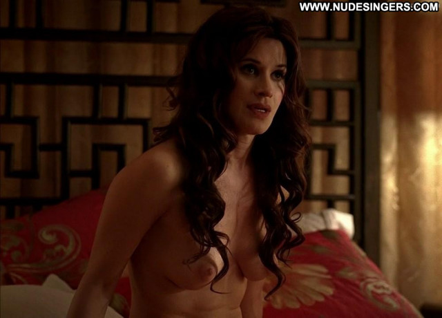 Valentina Cervi Now You Know Posing Hot Vampire Babe Celebrity Nude