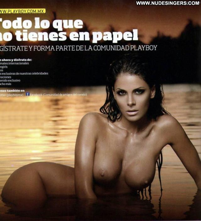 Vanessa Arias Photo Shoot Posing Hot Actress Celebrity Nude Photo