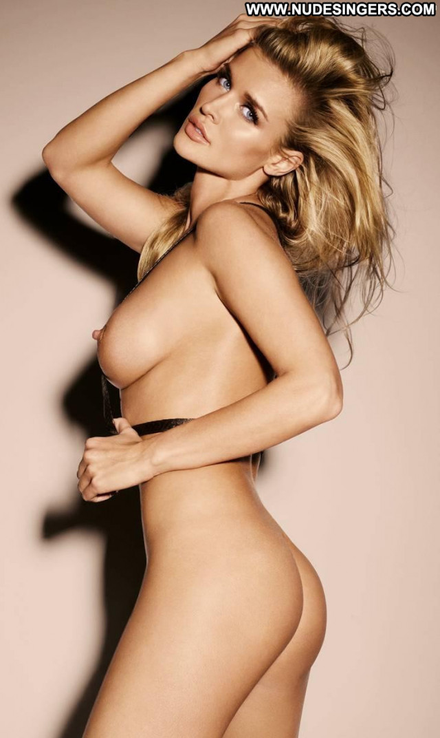 Joanna Krupa To Die For Ass Babe Celebrity Posing Hot Breasts Nude
