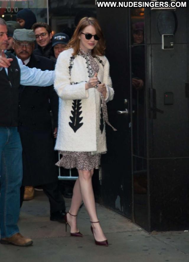 Emma Stone Good Morning America New York Beautiful Paparazzi Babe
