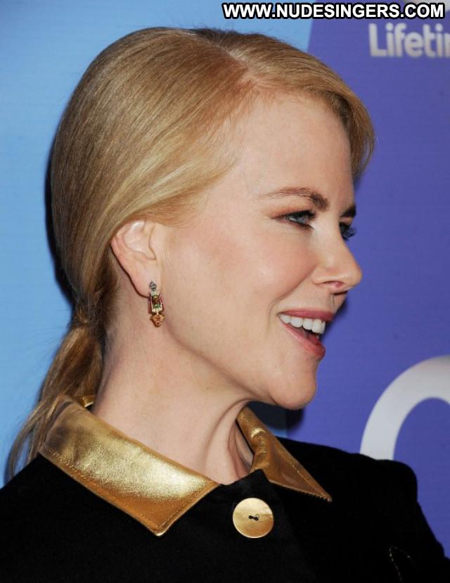Nicole Kidman Beverly Hills Beautiful Posing Hot Celebrity Paparazzi