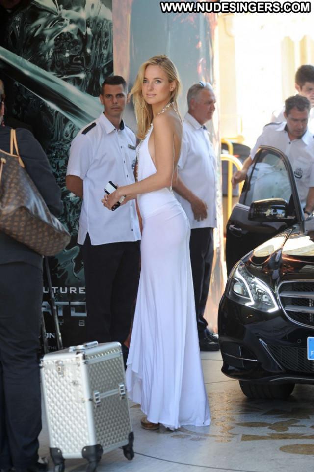 Kimberley Garner Paparazzi Posing Hot Celebrity Babe Beautiful Nude