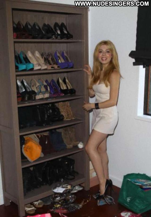 Jennette Mccurdy Babe Beautiful Paparazzi Posing Hot Celebrity Nude