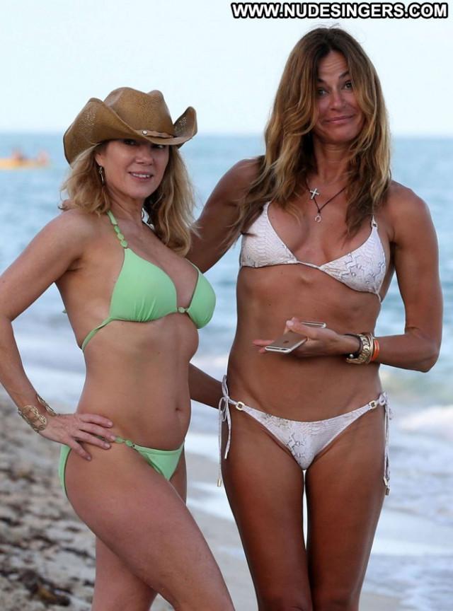 Ramona Singer Babe Paparazzi Beautiful Bikini Celebrity Posing Hot