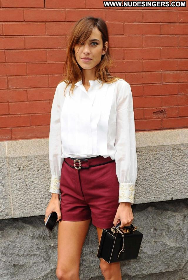 Alexa Chung Fashion Show Beautiful New York Fashion Babe Paparazzi
