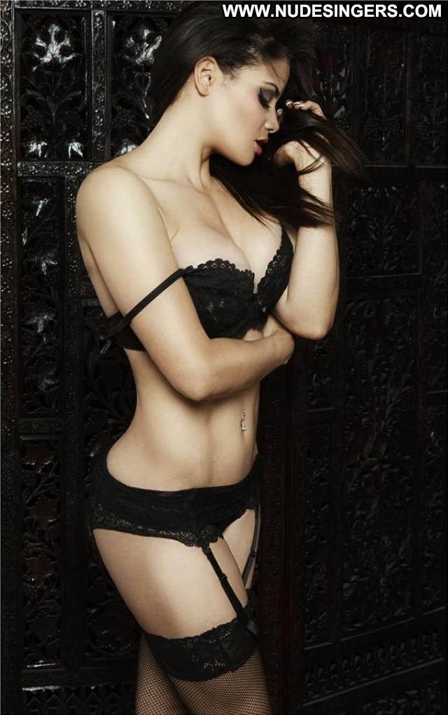 Samantha New York Model Sex Posing Hot Police Office Celebrity Sexy