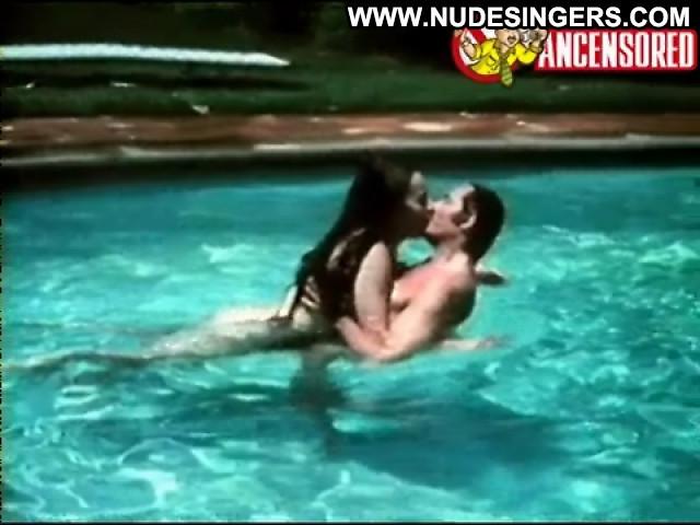 Sasha Montenegro Un Amor Extra Sensual Latina Medium Tits Celebrity