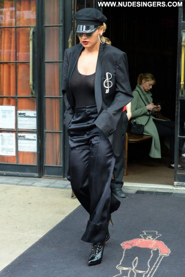 Rita Ora K Sex Celebrity Beautiful Babe Babe Posing Hot Fashion