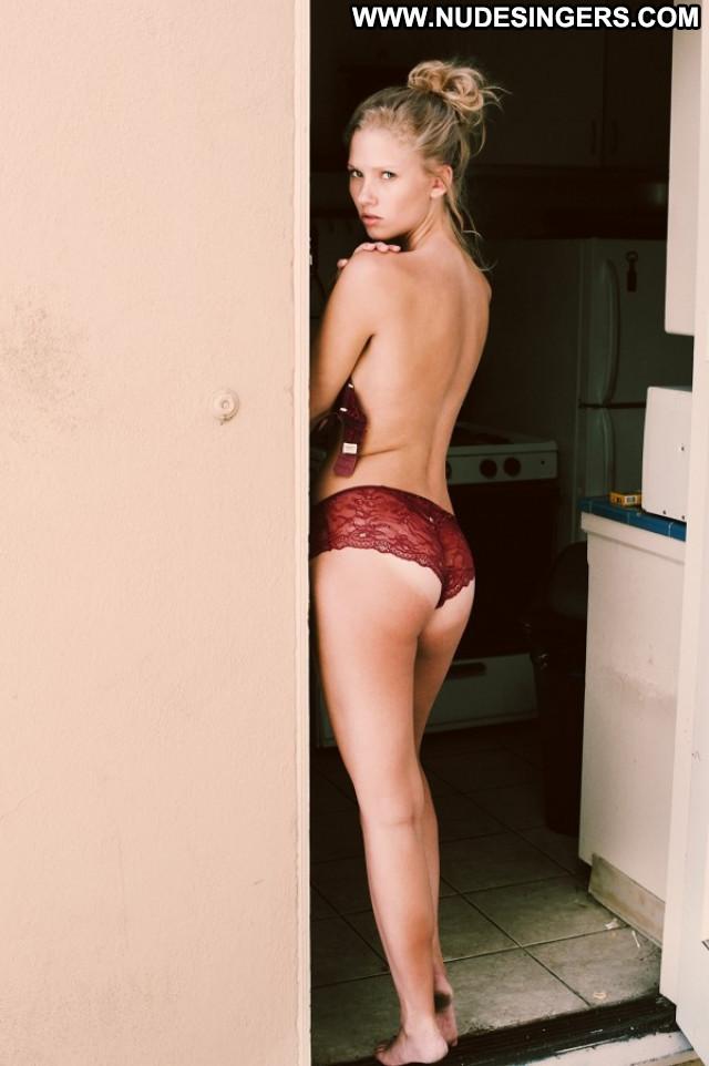 Hannah Ferguson S Magazine  Model Blonde American Public Actress