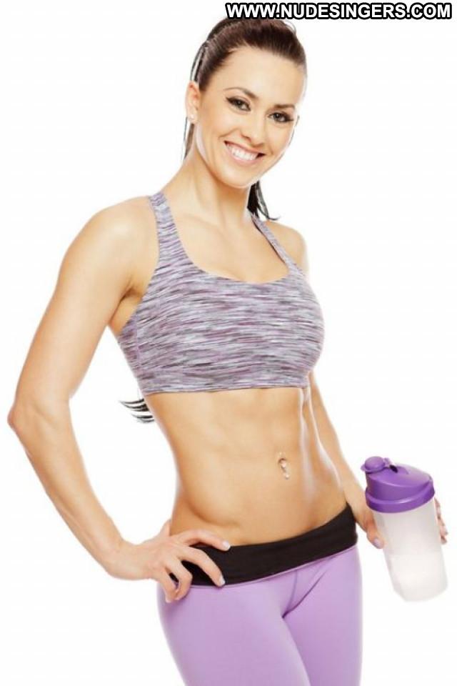 Ronda Rousey Sports Illustrated Celebrity Sex Magazine Posing Hot