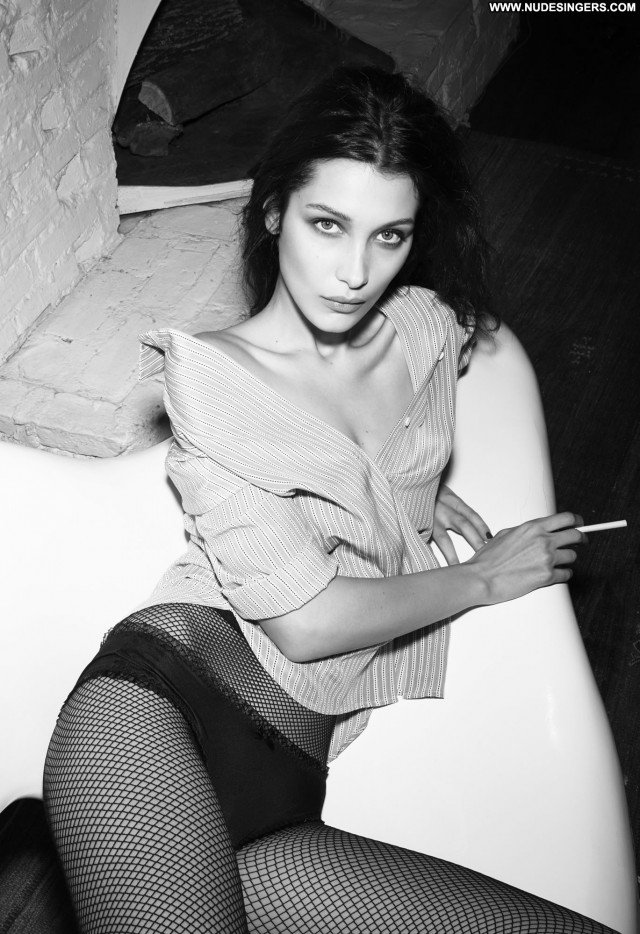 Natalie Jayne Roser No Source Bus Asian Celebrity Beautiful Babe