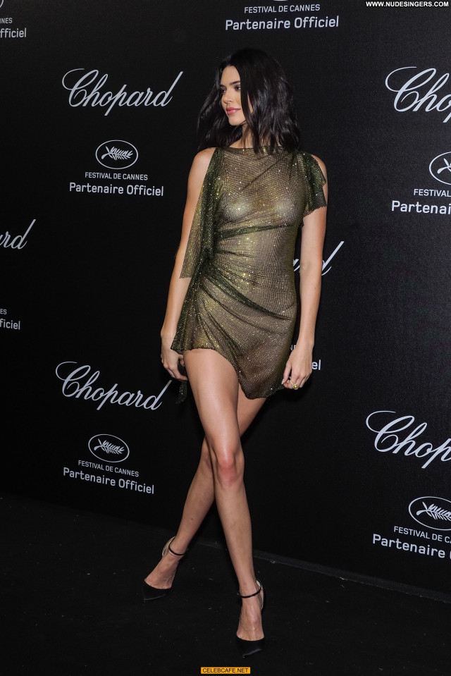 Kendall Jenner Cannes Film Festival Posing Hot Babe Celebrity Nude