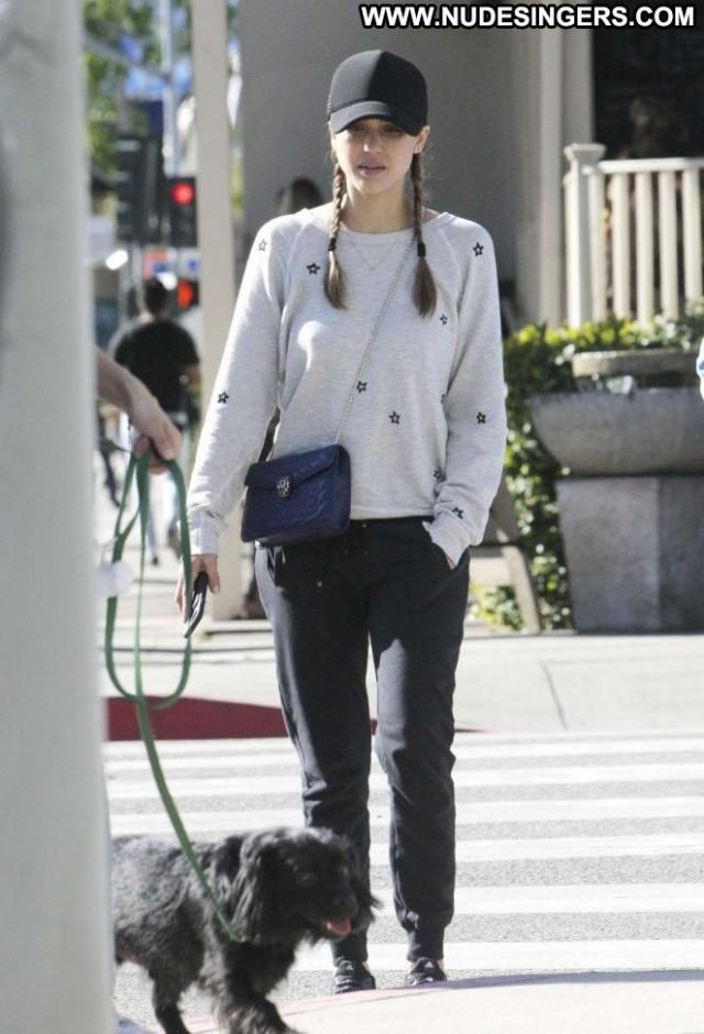 Jessica Alba Beverly Hills Babe Paparazzi Posing Hot Beautiful