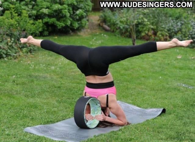 Casey Batchelor No Source Babe Beautiful Yoga Spain Workout Spa