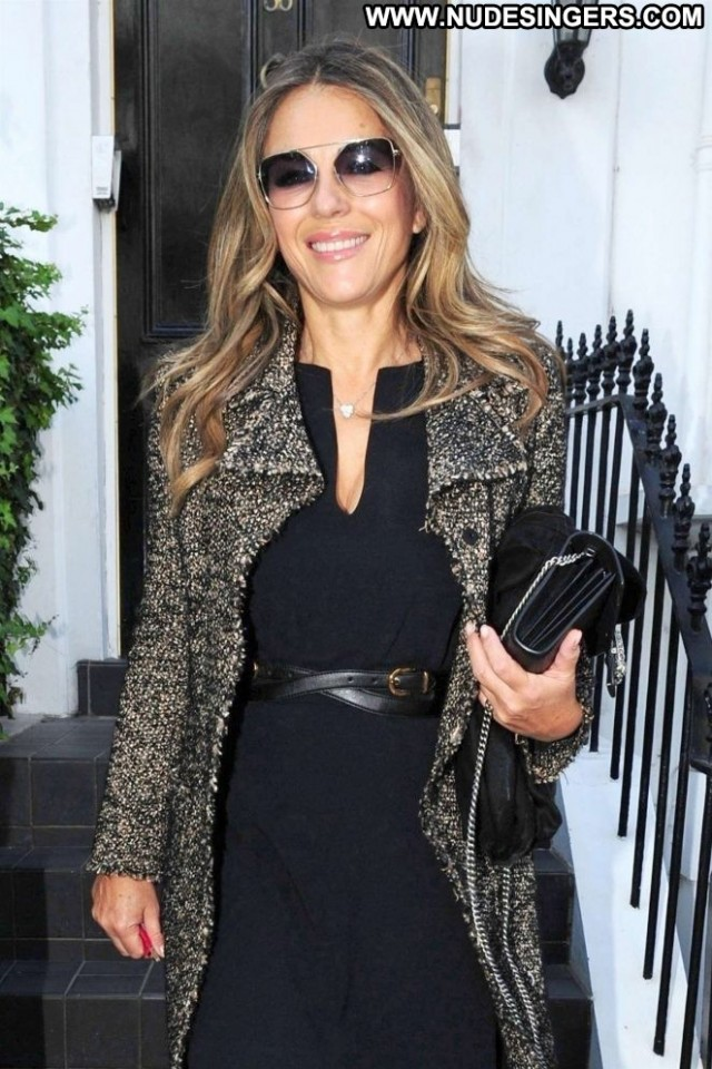 Elizabeth Hurley No Source Beautiful Posing Hot Celebrity Paparazzi